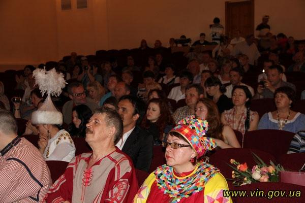 Вінницький академічний театр ляльок відсвяткував 75-річний ювілей