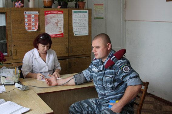 160 вінницьких міліціонерів здали кров для хворих дітей