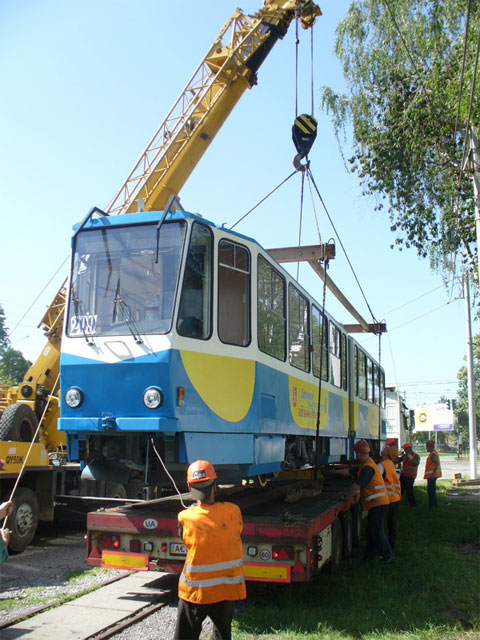 Вінницькі трамваї готують до поїздки у Львів