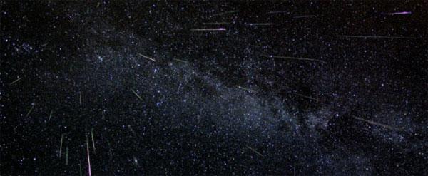 В ночь с 12 на 13 августа над Землей пройдёт яркий метеоритный дождь Персеид