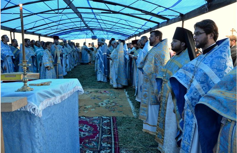 Хресний хід до місця Явлення Пресвятої Богородиці на Іосафатовій долині