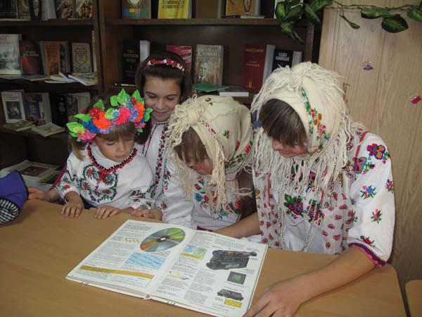 Діти освоюють теоретичні комп'ютерні знання