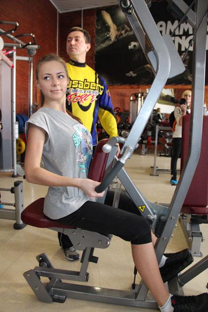 """учасниці """"Міс Вінниця"""" тренування у спортзалі"""