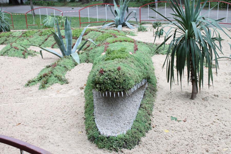 крокодил у Центральному парку Вінниці