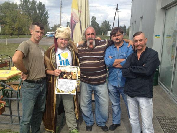 Віктора Бронюка посвятили у козаки