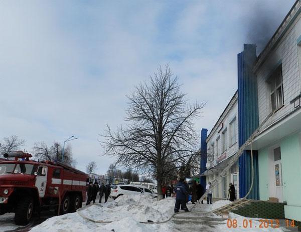 загоряння універмагу у Шаргородському районі