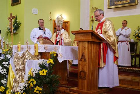 Мечислав Мокшицький привіз у Вінницю мощі Йоана Павла ІІ
