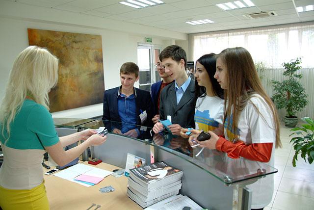 """Вінницький школяр отримав 15000 грн у олімпіаді """"Фінансовий геній"""""""