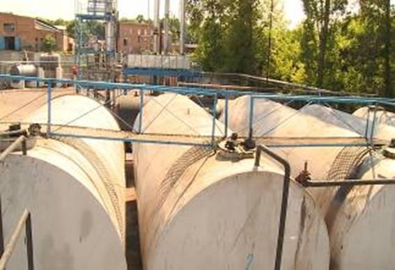 На Вінниччині викрили підпільний завод з виробництва нафтопродуктів