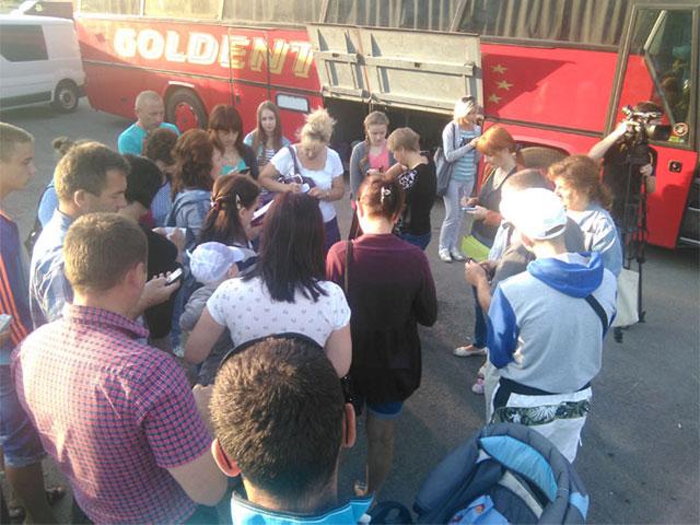 Майже 100 дітей учасників АТО з Вінницької області поїхали відпочивати на узбережжя Чорного моря