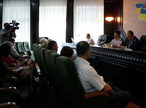 Кандидатів на посади у фіскальну службу області заслухали на Раді з кадрових питань