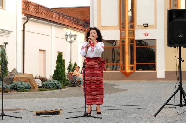 У Вінниці пройшов літературно-поетичний вечір «Мелодія слова звучить», фото-1