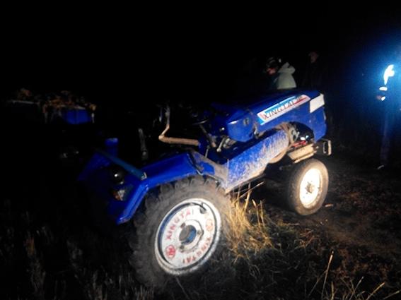 На Вінниччині перекинувся трактор. Водій загинув