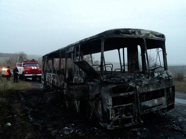 На Вінниччині через коротке замикання загорівся пасажирський автобус