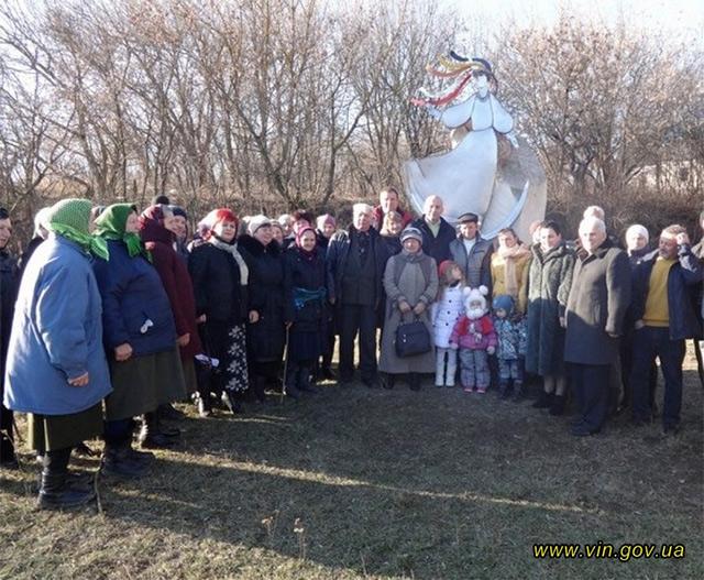 На Вінниччині на честь Михайла Старицького відкрито пам'ятник «Пісні»