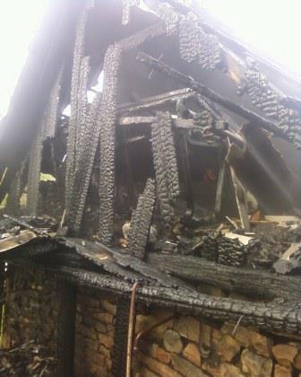 На Вінниччині через несправність електропроводки згоріла господарча будівля