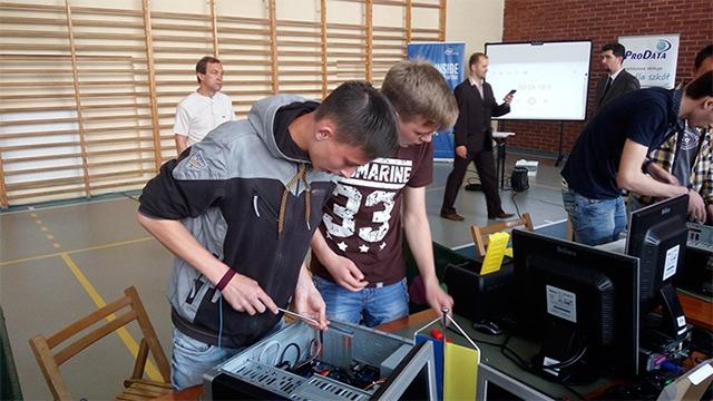 Студенти з Вінниччини здобули ІІІ місце на Міжнародному конкурсі з інформаційних технологій у Польщі