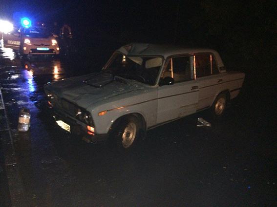 """В Луці Мелешківській п'яний водій на """"ВАЗі"""" збив чотирьох пішоходів та втік з місця аварії"""