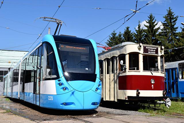 У Вінниці невдовзі на маршрут вийде другий трамвай вланого виробництва Вінницької транспортної компанії