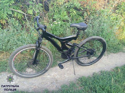З подвір'я школи підліток вкрав велосипед
