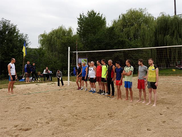 В парку Дружби народів відбувся фестиваль з пляжного волейболу серед родин