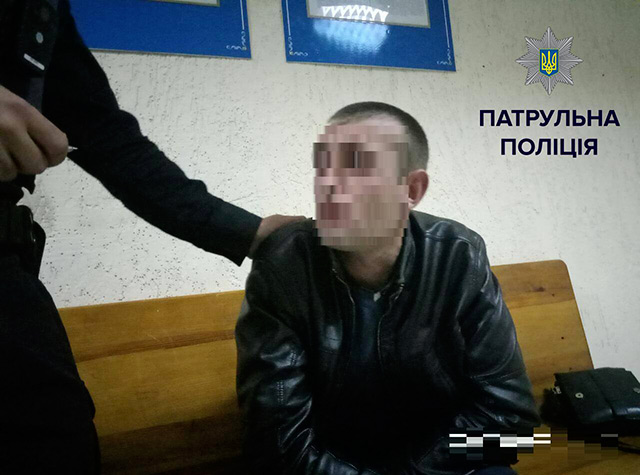 П'яний вінничанин намагався відкупитися від поліцейських, аби на нього не складали протокол