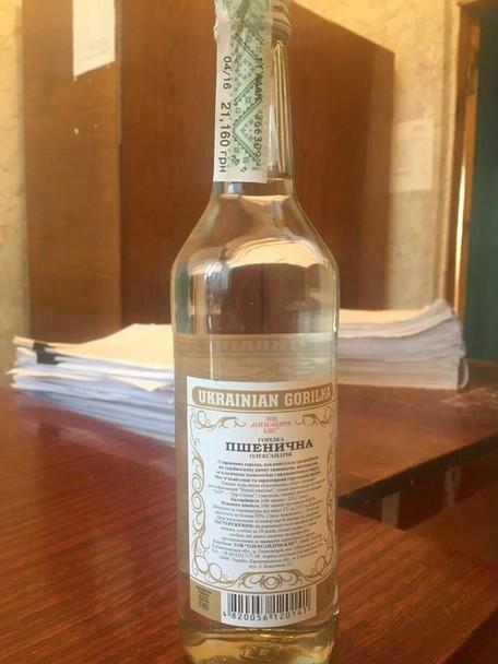 Вінницькі податківці посилили контроль щодо продажу алкогольних товарів та виявлення фальсифікату