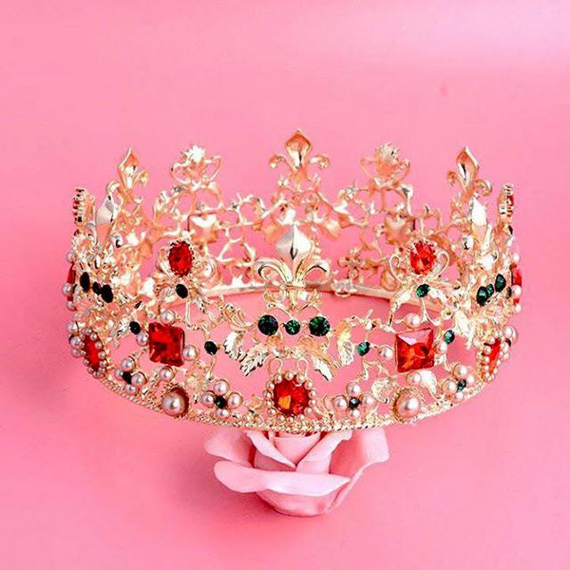 Вінничанка Анастасія Дідух виборола дві корони  на конкурсі краси «Little Miss World 2016» у Греції