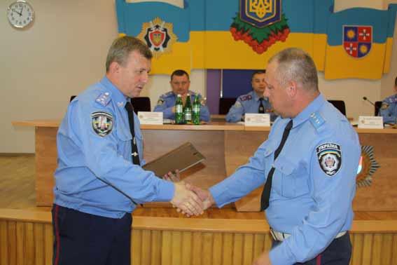 До Вінниці повернулись 15 міліціонерів, які протягом місяця забезпечували порядок у зоні АТО