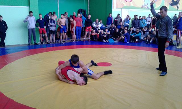 У Вінниці провели першість міста з греко-римської боротьби серед студентів