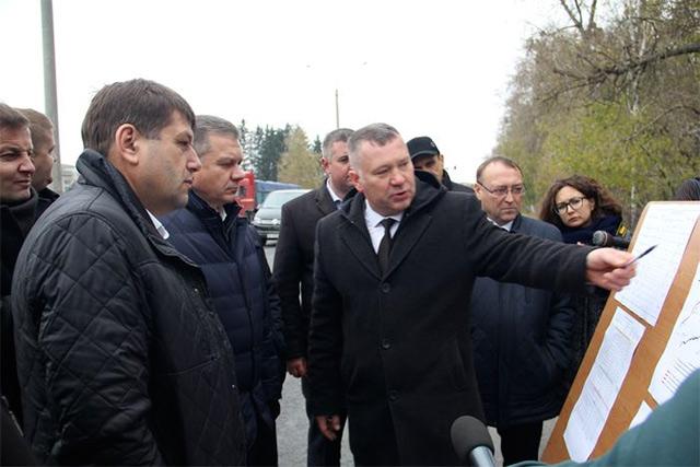 В Стрижавці капітально ремонтують 5 км дороги