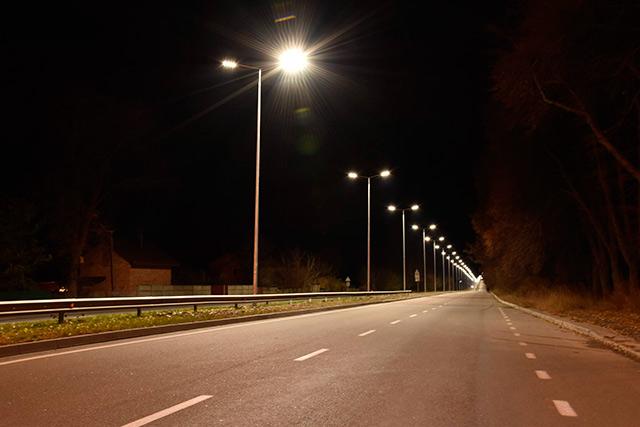 На Барському шосе встановили 120 світлодіодних ліхтарів