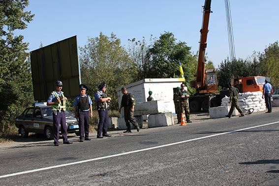 В прикордонних зонах Вінниччини силовики облаштовують посилені блок-пости