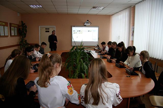 ПриватБанк подарував дітям «Клас майбутнього»