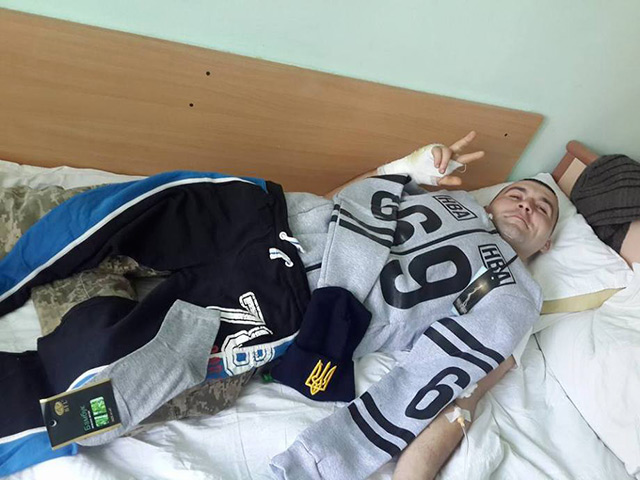 У Вінницький військовий шпиталь привезли 16 поранених бійців із зони АТО. Хлопцям потрібні ліки та одяг