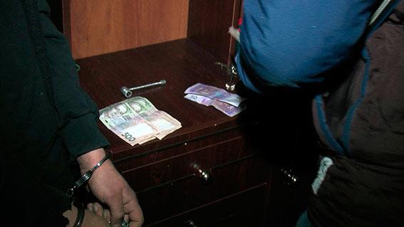 """Вінницькі правоохоронці затримали наркоторговця """"зі стажем"""""""