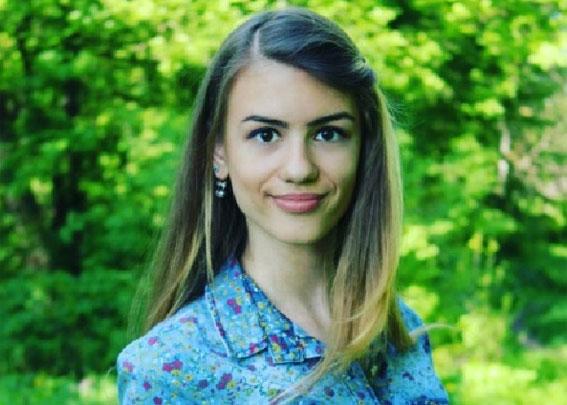 В Ладижині зникла 15-річна дівчина. Поліція просить допомогти у розшуку