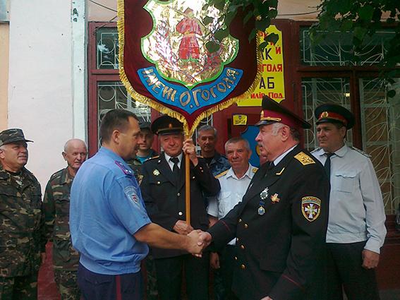 """Могилів-Подільські правоохоронці охоронятимуть правопорядок спільно із """"Козацькою вартою"""""""