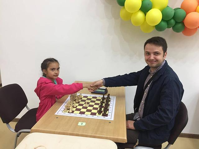 8-річна вінничанка Анна Копистиринська привезла «срібло» з Чемпіонату України з шахів
