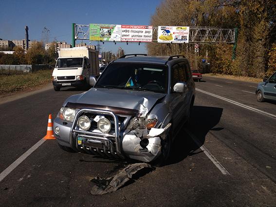 ДТП на Немирівському шосе: джип відкинув «Таврію» на рейсовий автобус, фото-2