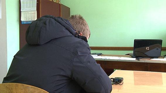 За напад та пограбування старенької вінничанки, чоловік проведе 9 років за гратами
