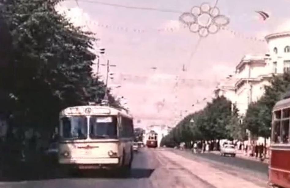 У Вінницькій транспортній компанії відновлюють раритетний тролейбус, на якому вже з осені проводитимуть екскурсії містом