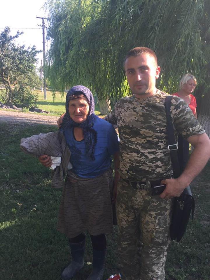На Вінниччині бабусю, яка заблукала в лісі, знайшли за 40 км від її села