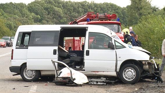Жахливе потрійне ДТП біля Вороновиці: є загиблі