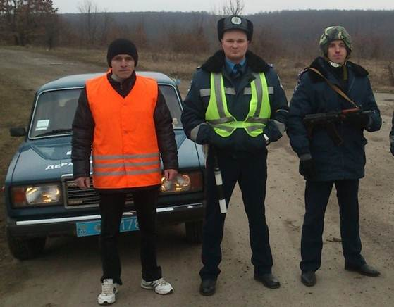 """У Мурованокуриловецькому районі міліція спільно з рятувальниками тренерувались ліквідовувати наслідки умовного """"вибуху"""""""