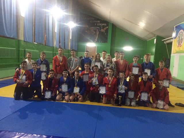 Визначено переможців кубку Вінниці з боротьби самбо