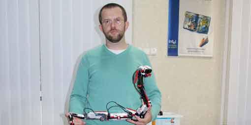 """Інтерв""""ю із донецьким викладачем програмування, який після обстрілів у Донецьку переїхав до Вінниці"""