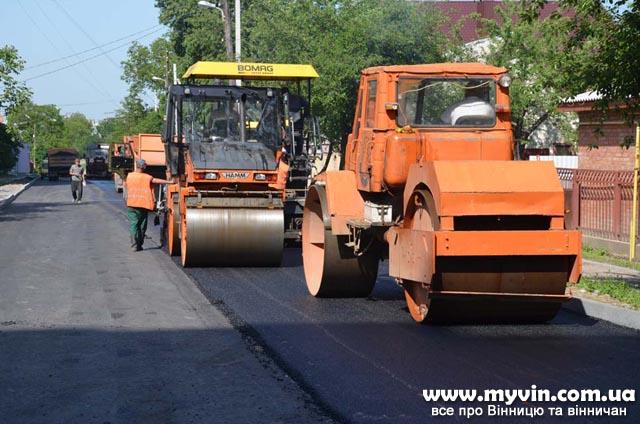 До кінця року відремонтують покриття на 20 вулицях Вінниці