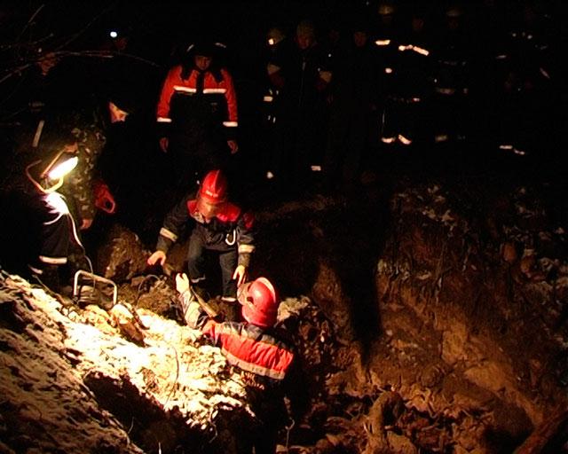 У Стрижавці під завалом грунту загинуло двоє людей