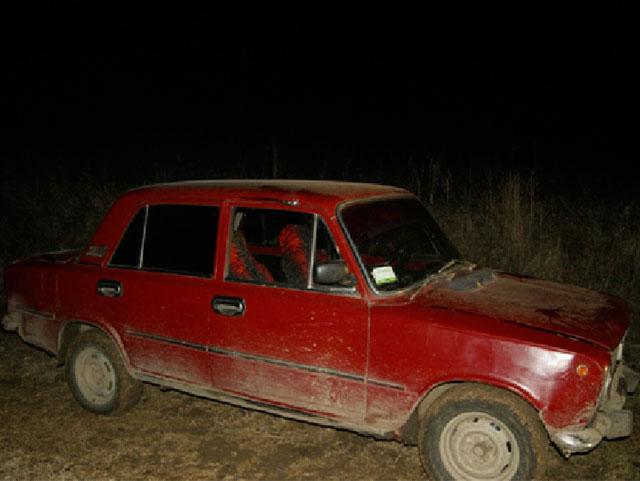 У Вінницькій області 17-річний юнак вкрав у односельця автівку, аби покататися із подругою